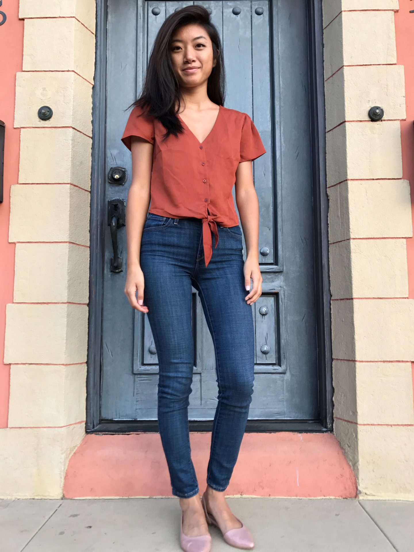 Looking for easy fall style? Los Angeles Lifestyle Blogger My Teacher Got Style is sharing her favorite easy fall style here!