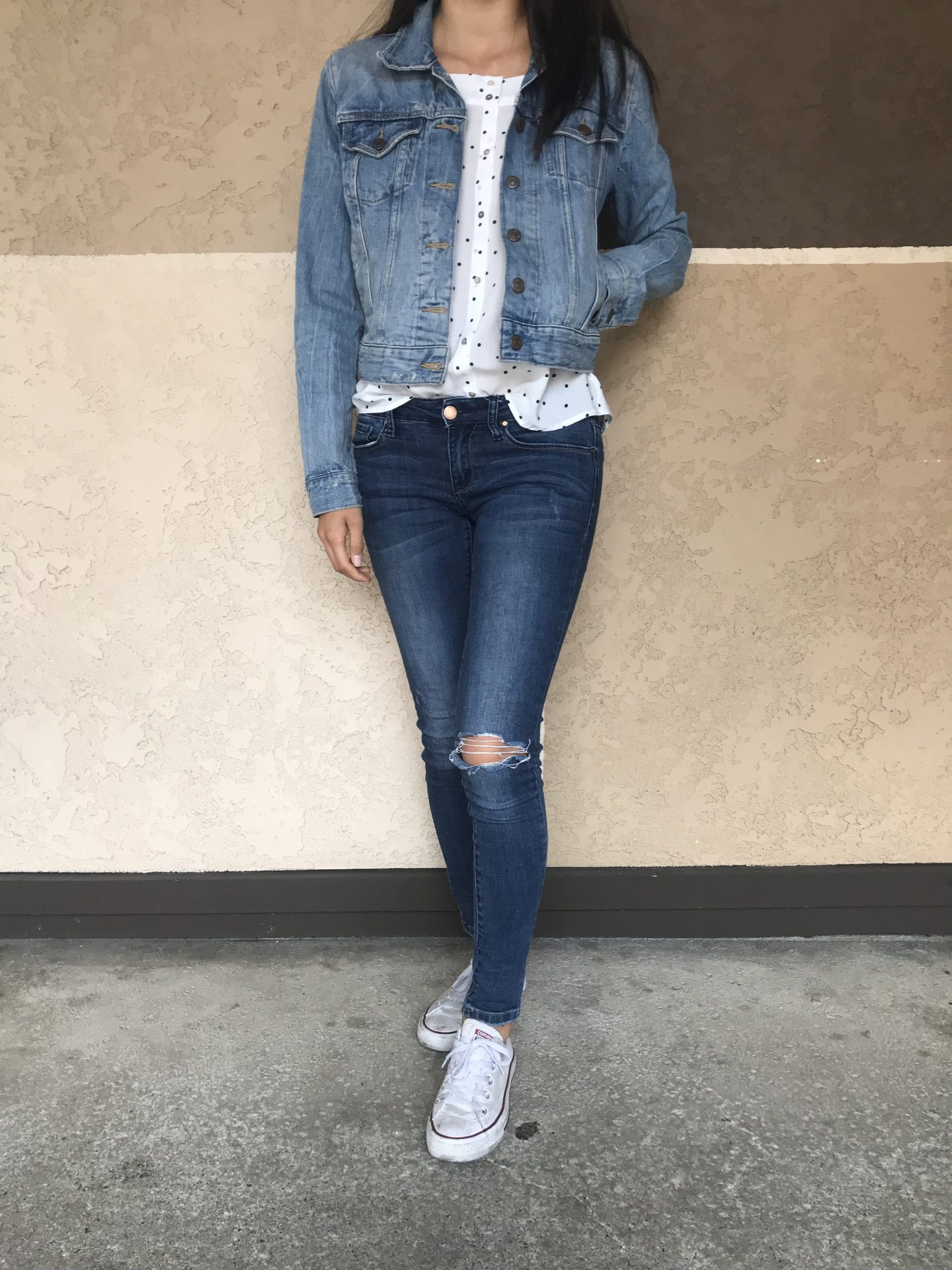 Curious how to style a jean jacket? Los Angeles Blogger My Teacher Got Style is sharing her top 3 ways to style jean jackets HERE!