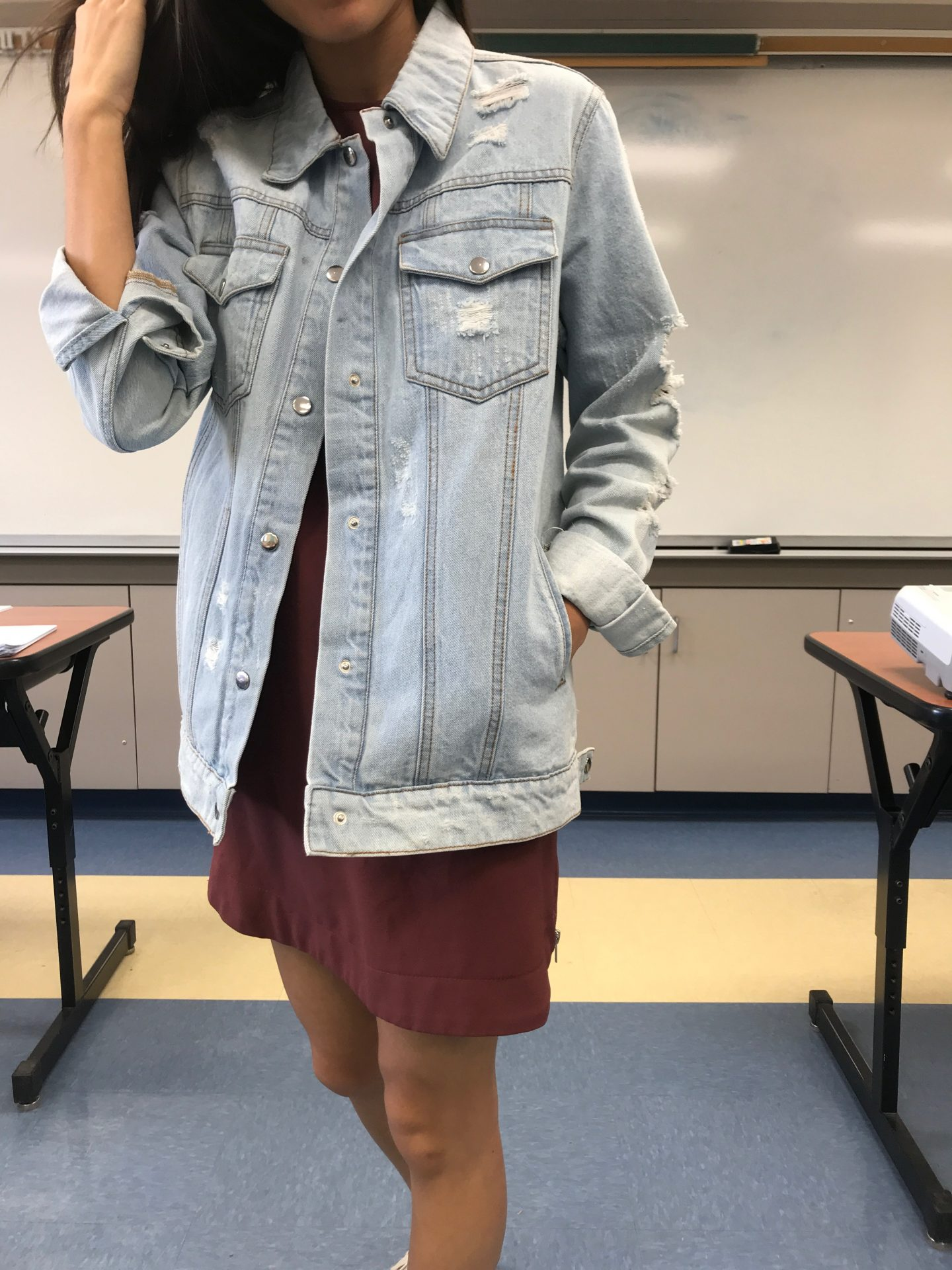 Curious how to style a distressed jean jacket? Los Angeles Lifestyle Blogger My Teachers Got Style is sharing her favorite ways to style a distressed jean jacket. Click to see how here!