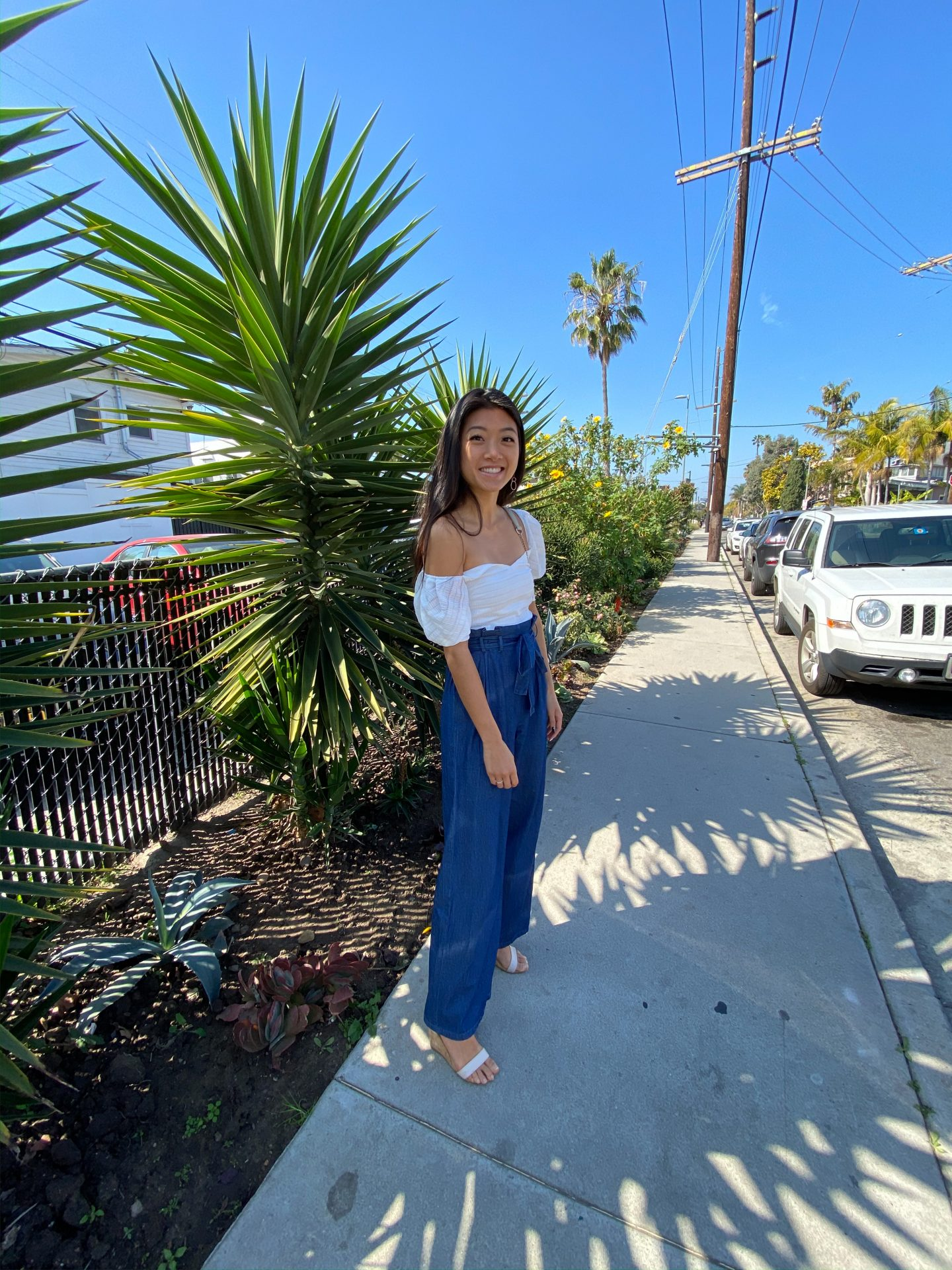 Looking for the perfect Easter outfit? Los Angeles Blogger My Teacher Got Style is sharing a few of her favorite Easter outfits. Click to see them HERE!