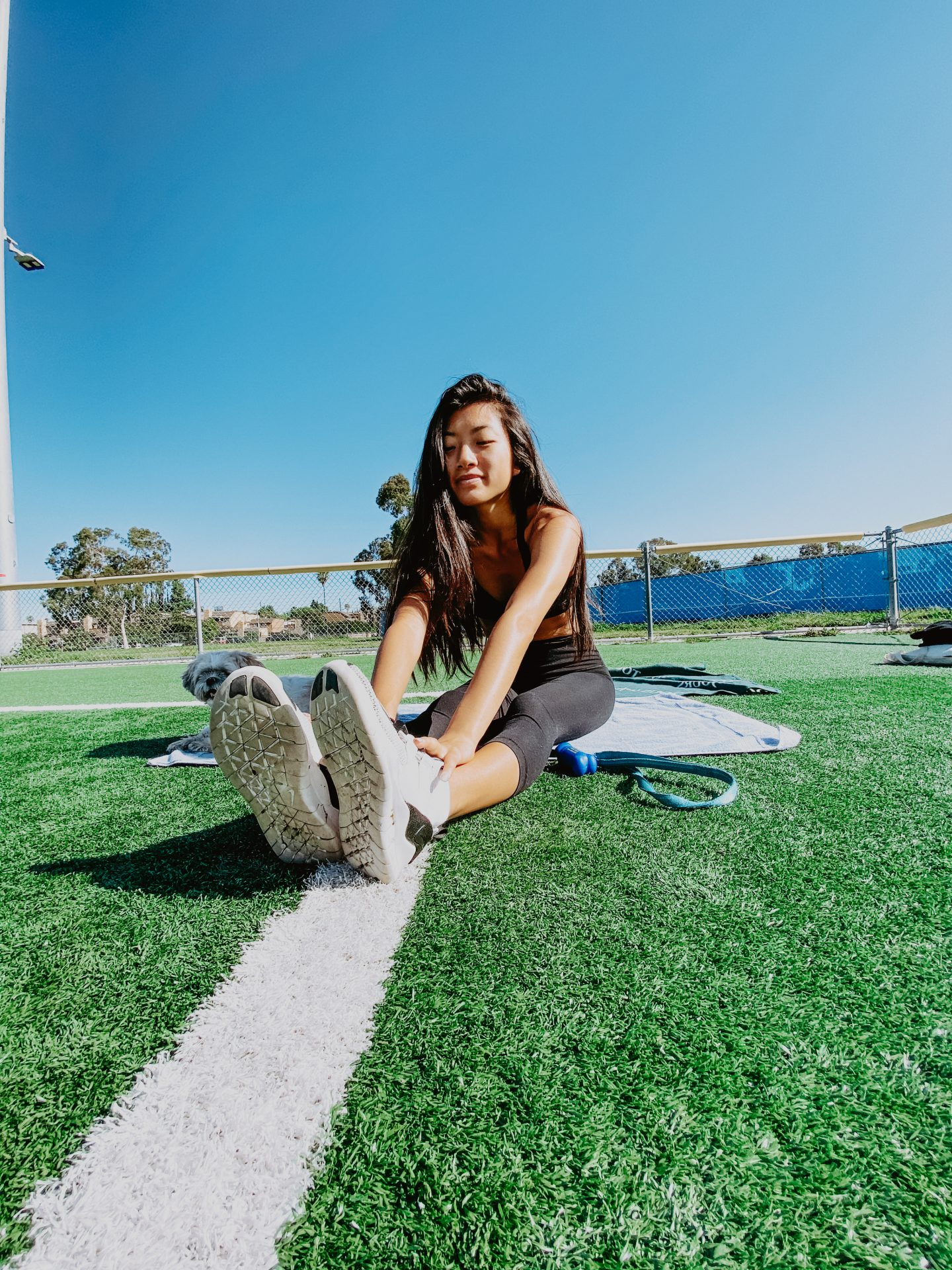 Curious how to start a healthier lifestyle? Los Angeles Lifestyle Blogger My Teacher Got Style is sharing her top tips on how to start a healthier lifestyle today!