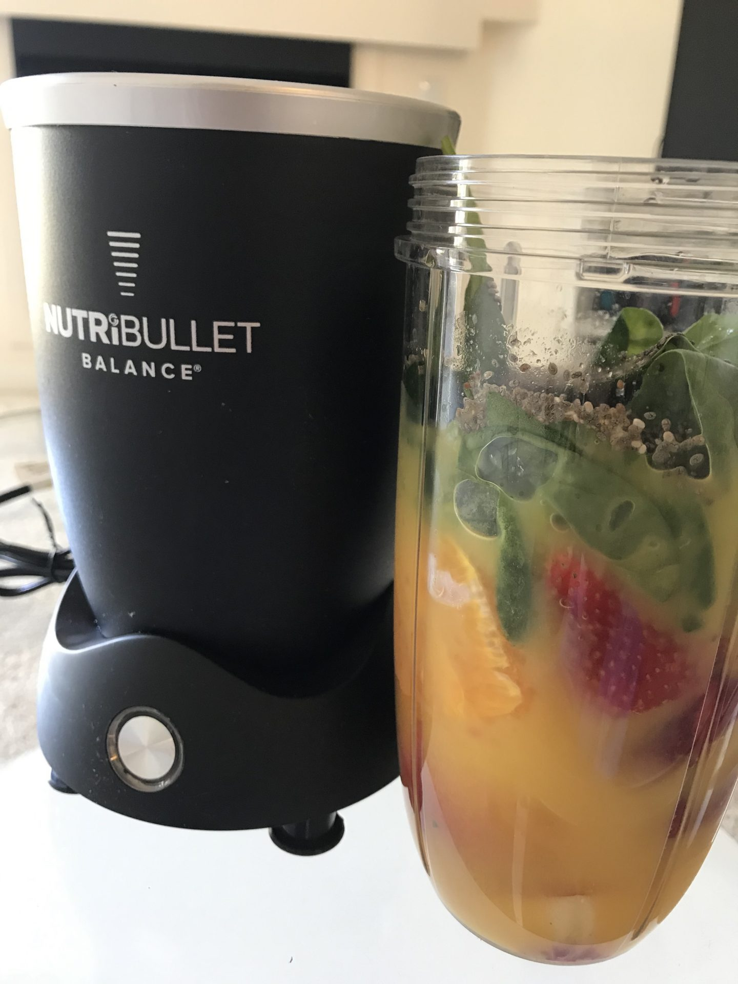 Looking for the best easy smoothies to make at home? Los Angeles Lifestyle Blogger My Teacher Got Style is sharing her top favorites you have to try HERE!